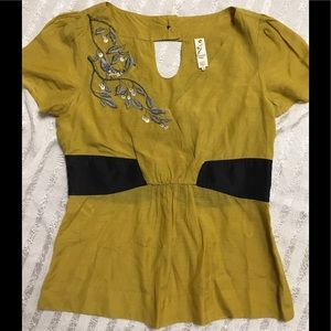 NWOT Floreat Silk Embroidered Top sz 8